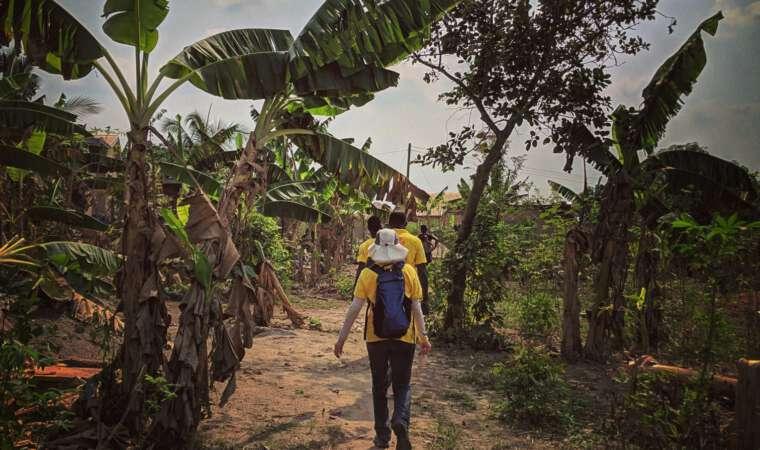 Mission Rabies Volunteer missionrabies.com